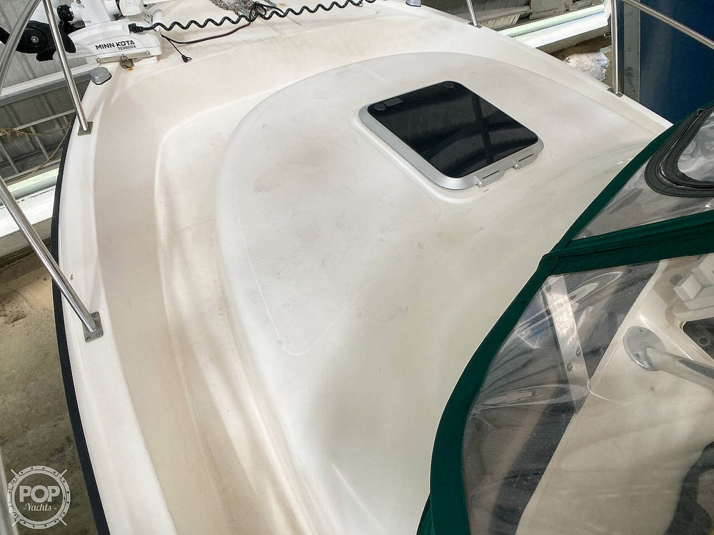 2000 Pursuit boat for sale, model of the boat is 2870 WA & Image # 32 of 40