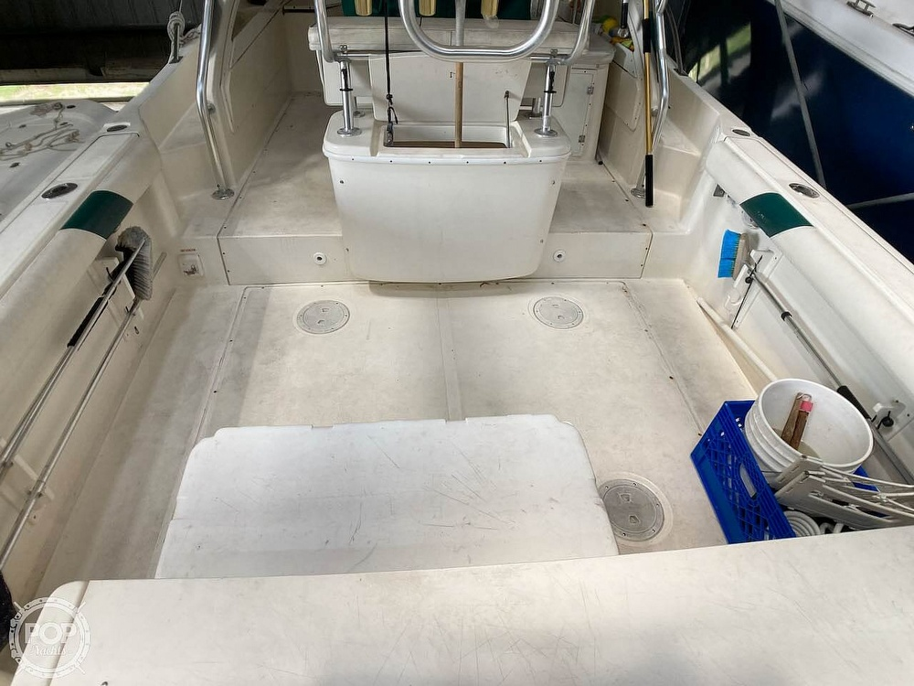 2000 Pursuit boat for sale, model of the boat is 2870 WA & Image # 37 of 40