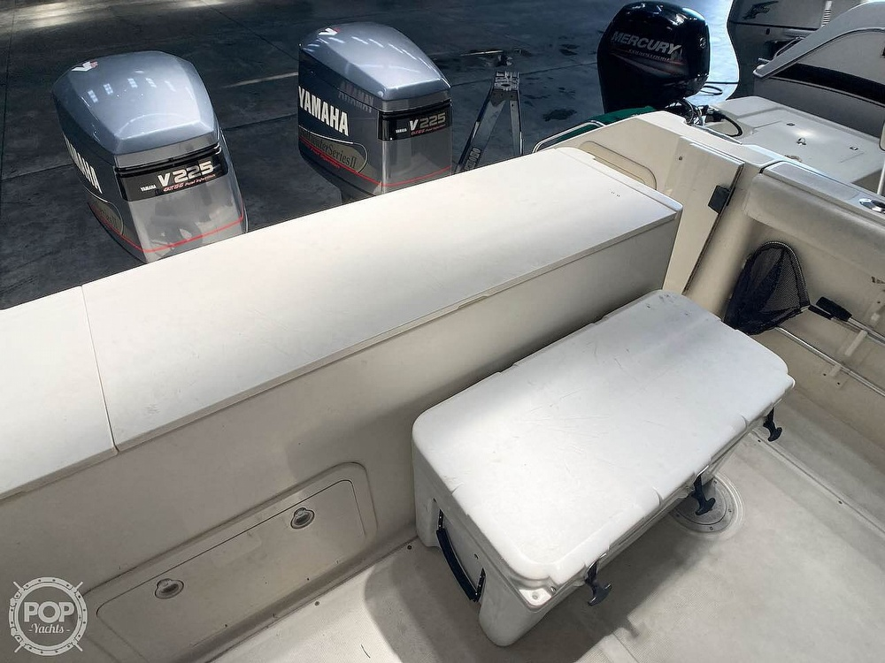 2000 Pursuit boat for sale, model of the boat is 2870 WA & Image # 39 of 40
