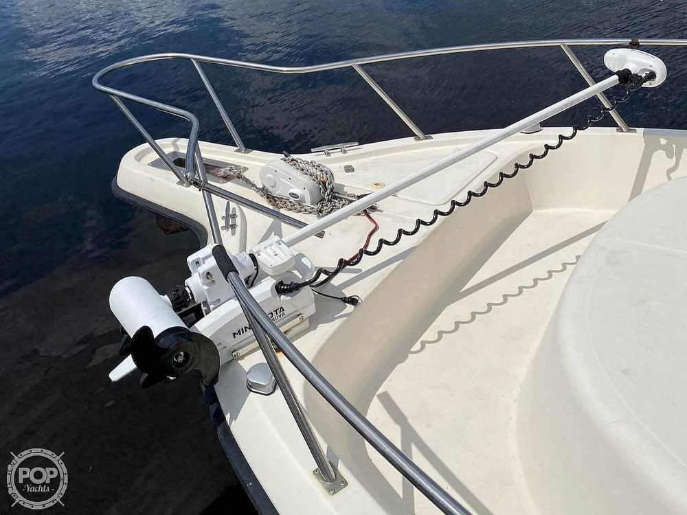 2000 Pursuit boat for sale, model of the boat is 2870 WA & Image # 10 of 40