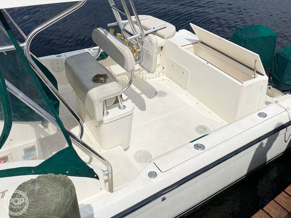 2000 Pursuit boat for sale, model of the boat is 2870 WA & Image # 5 of 40