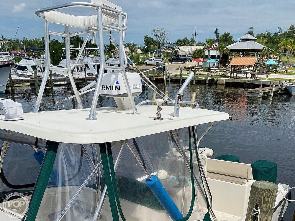 2000 Pursuit boat for sale, model of the boat is 2870 WA & Image # 7 of 40