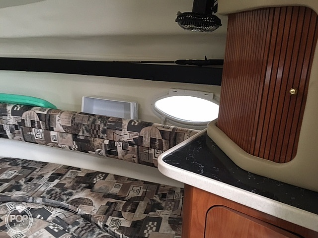2003 Rinker boat for sale, model of the boat is 270 Fiesta Vee & Image # 7 of 15