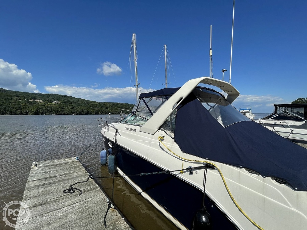 2003 Rinker boat for sale, model of the boat is 270 Fiesta Vee & Image # 4 of 15