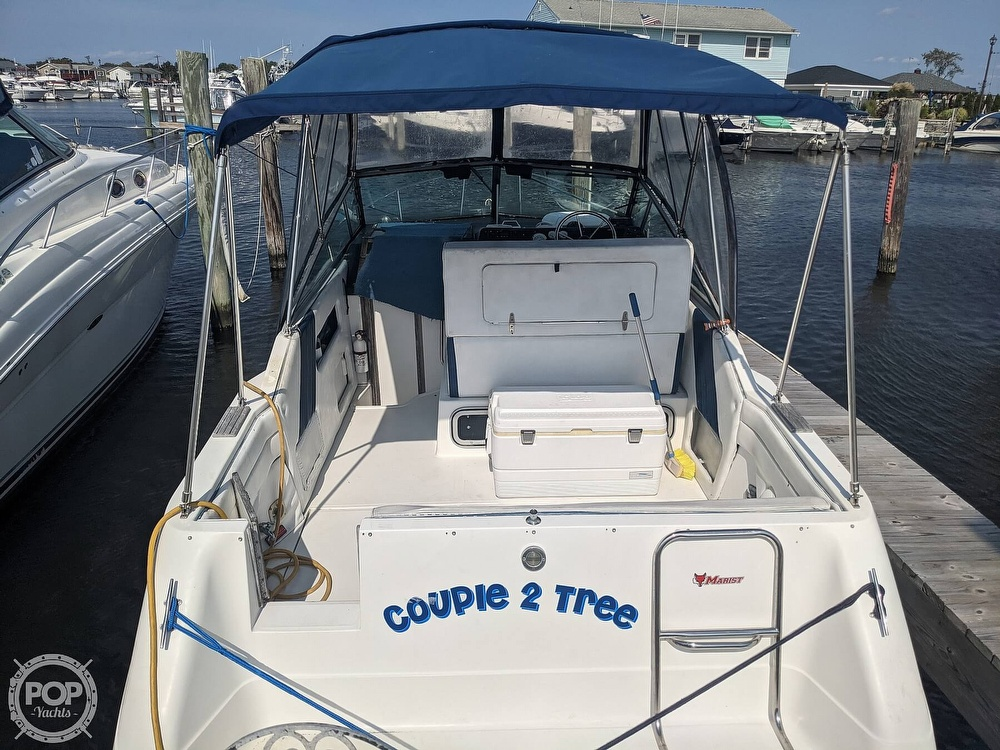 1989 Sea Ray boat for sale, model of the boat is 250 Sundancer & Image # 5 of 40