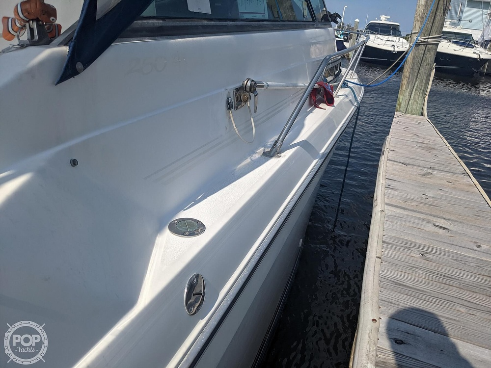 1989 Sea Ray boat for sale, model of the boat is 250 Sundancer & Image # 10 of 40