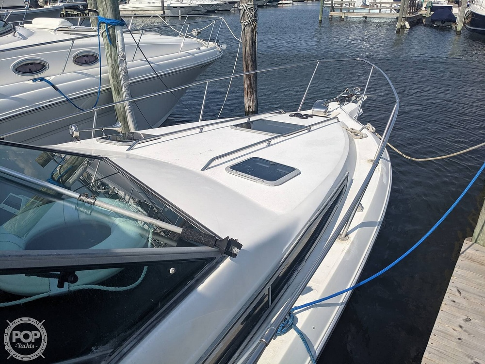 1989 Sea Ray boat for sale, model of the boat is 250 Sundancer & Image # 15 of 40