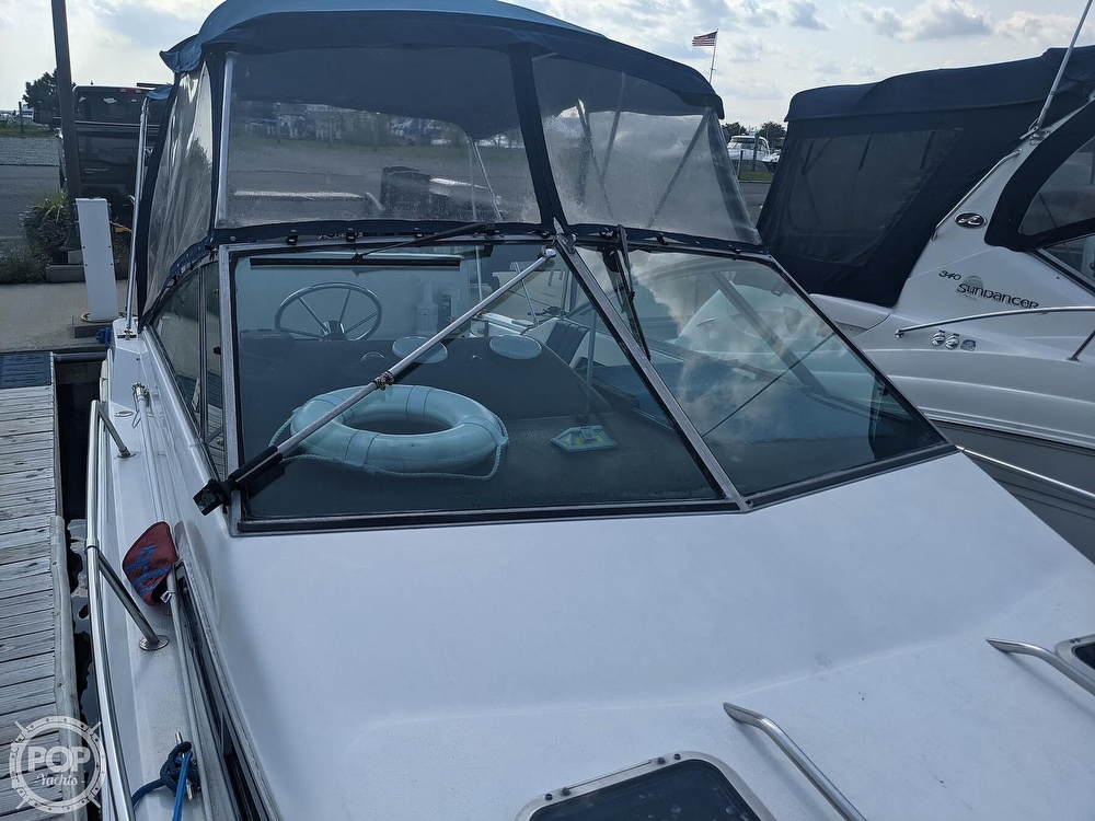 1989 Sea Ray boat for sale, model of the boat is 250 Sundancer & Image # 21 of 40