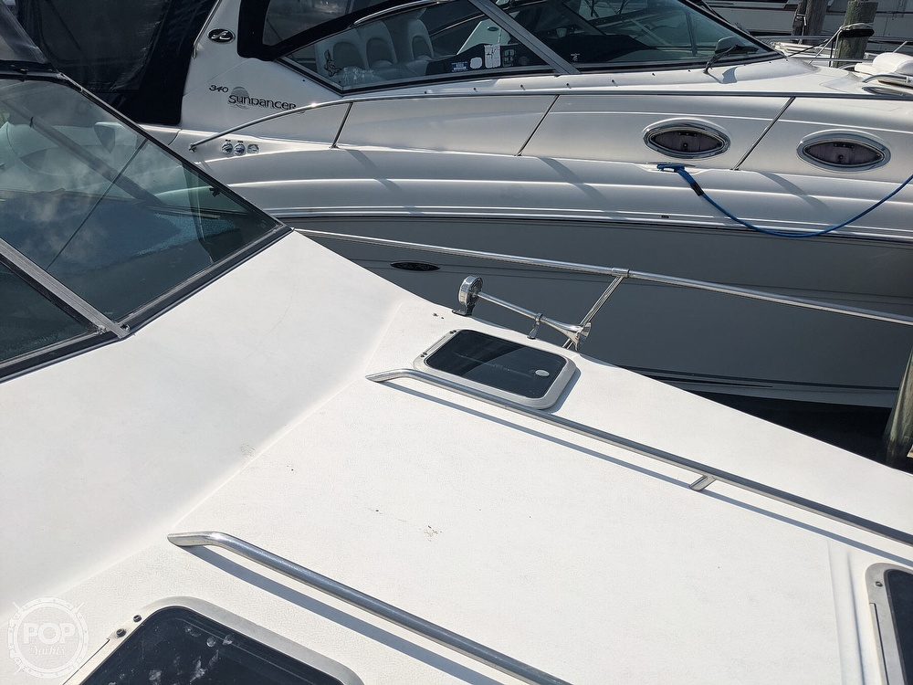 1989 Sea Ray boat for sale, model of the boat is 250 Sundancer & Image # 23 of 40
