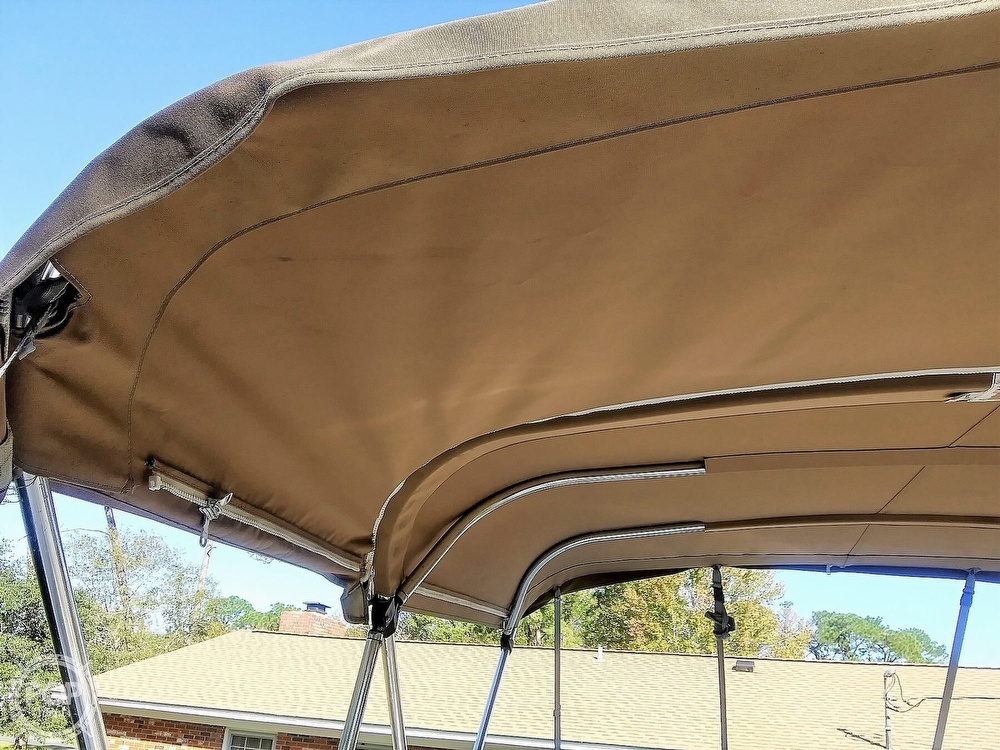 2004 Glastron boat for sale, model of the boat is GS 249 & Image # 18 of 40