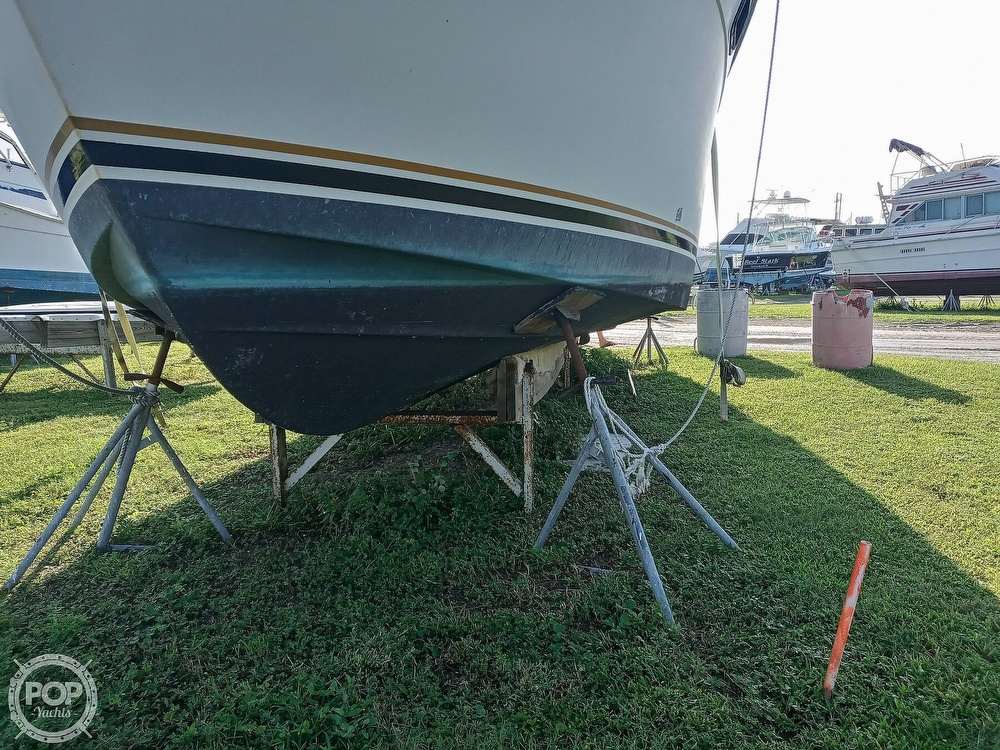1987 Carver boat for sale, model of the boat is 3227 Convertible & Image # 4 of 40