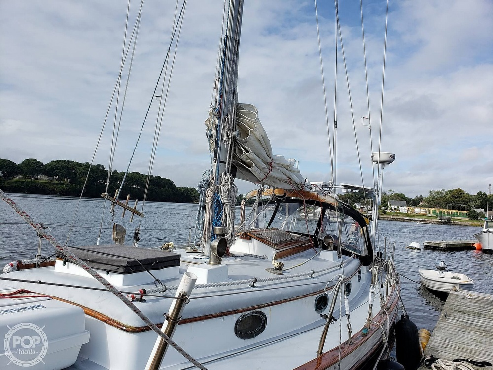 1979 Union boat for sale, model of the boat is Polaris 36 & Image # 17 of 40