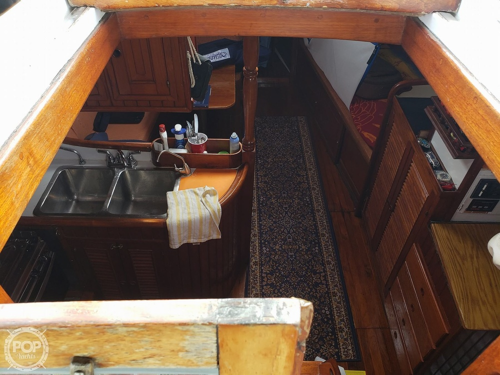 1979 Union boat for sale, model of the boat is Polaris 36 & Image # 38 of 40