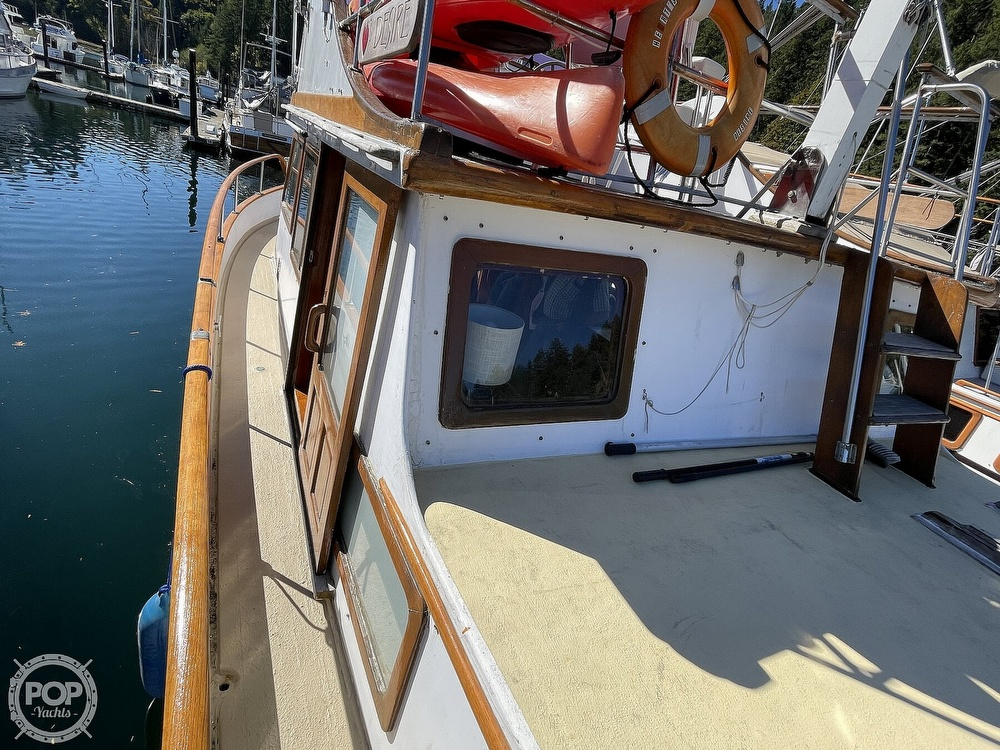 1977 Puget Sound boat for sale, model of the boat is 37 DC & Image # 9 of 40