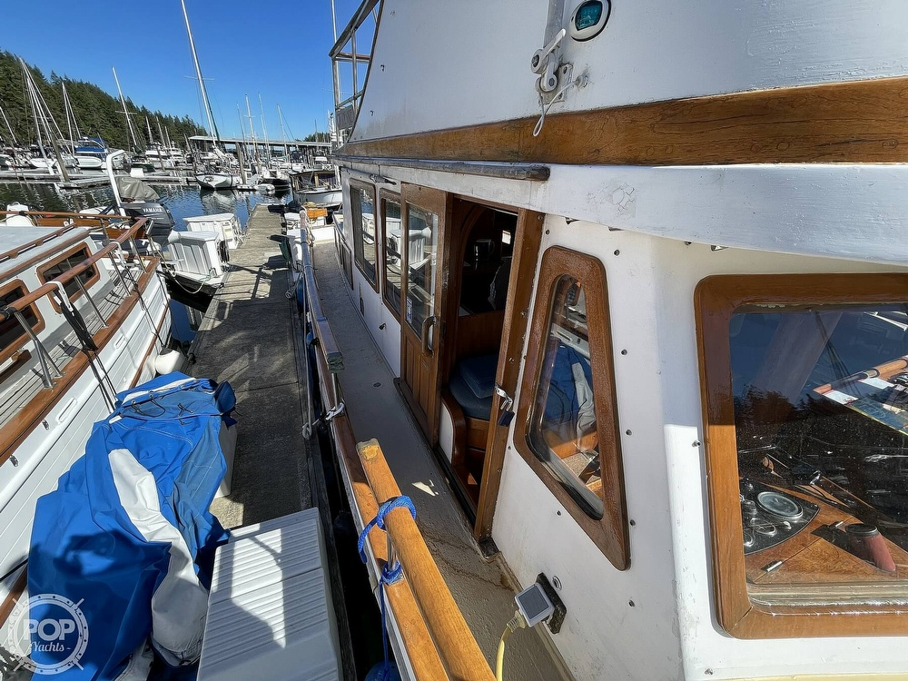 1977 Puget Sound boat for sale, model of the boat is 37 DC & Image # 36 of 40