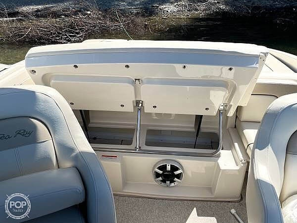 2010 Sea Ray boat for sale, model of the boat is 210 select & Image # 12 of 40
