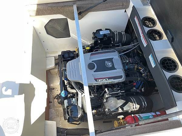2010 Sea Ray boat for sale, model of the boat is 210 select & Image # 16 of 40