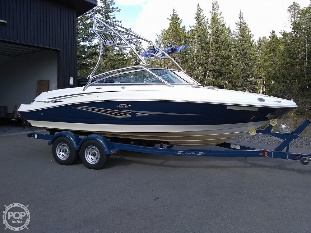 2010 Sea Ray boat for sale, model of the boat is 210 select & Image # 17 of 40