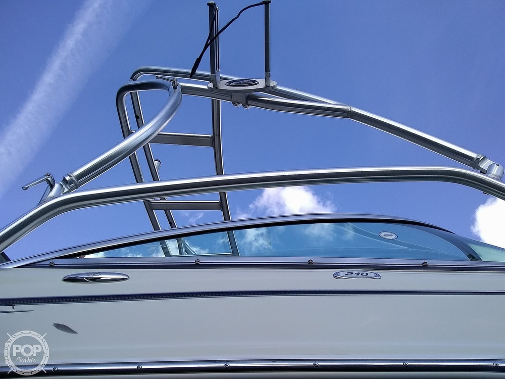 2010 Sea Ray boat for sale, model of the boat is 210 select & Image # 24 of 40