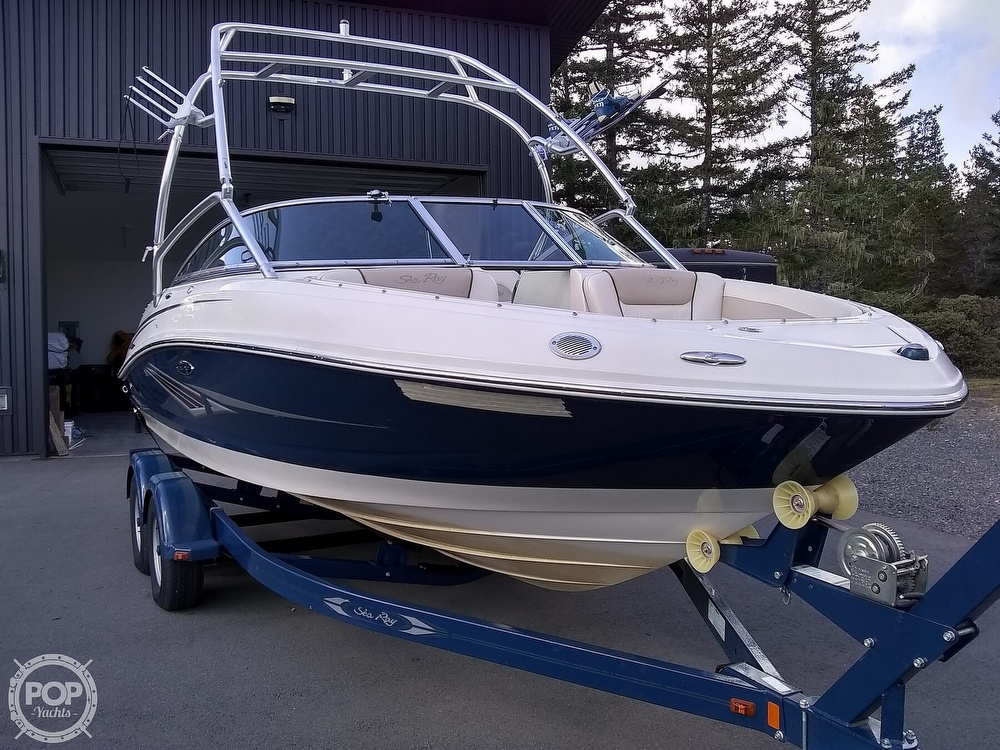 2010 Sea Ray boat for sale, model of the boat is 210 select & Image # 36 of 40