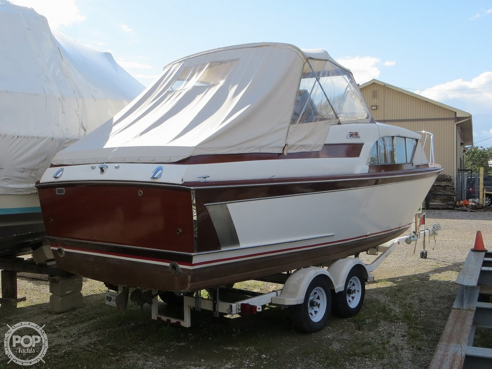 1960 Chris Craft boat for sale, model of the boat is Cavalier & Image # 2 of 40
