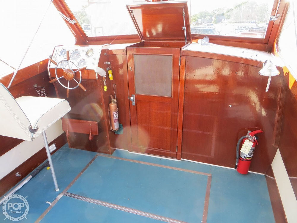 1960 Chris Craft boat for sale, model of the boat is Cavalier & Image # 4 of 40