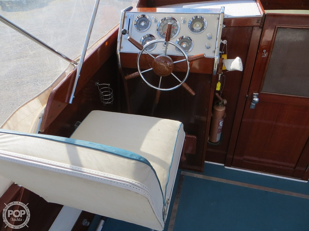 1960 Chris Craft boat for sale, model of the boat is Cavalier & Image # 13 of 40