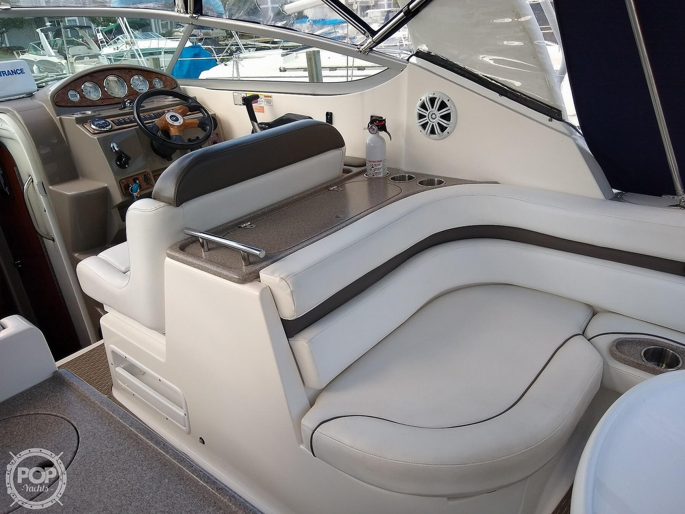 2007 Rinker boat for sale, model of the boat is 280 Express Cruiser & Image # 2 of 40