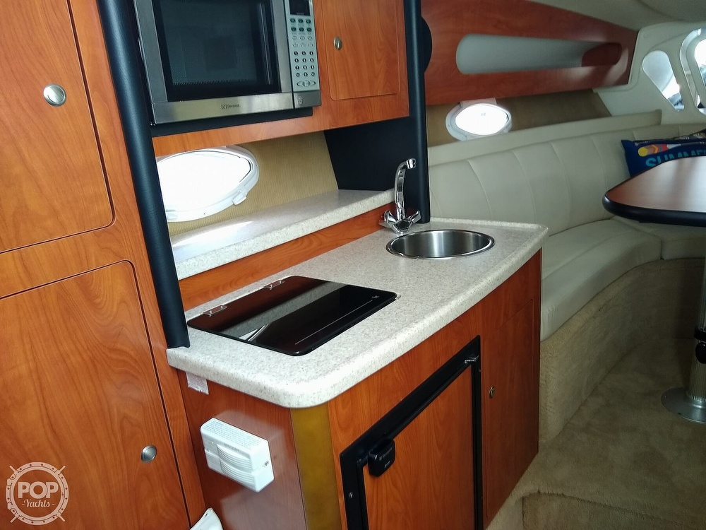 2007 Rinker boat for sale, model of the boat is 280 Express Cruiser & Image # 3 of 40