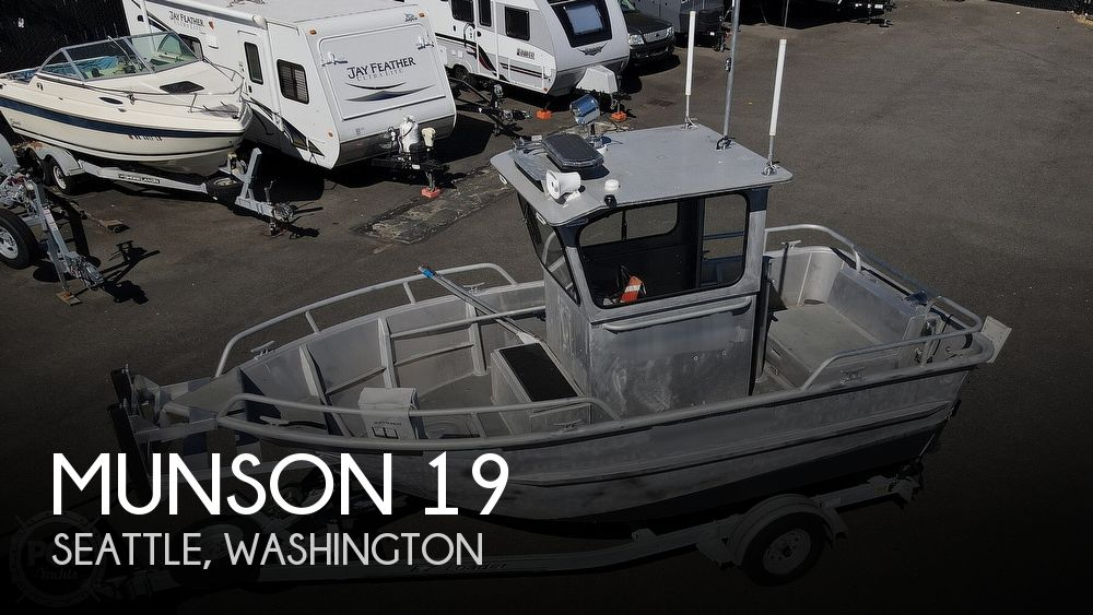 1993 Munson boat for sale, model of the boat is 19 Chinook Wheelhouse & Image # 1 of 40