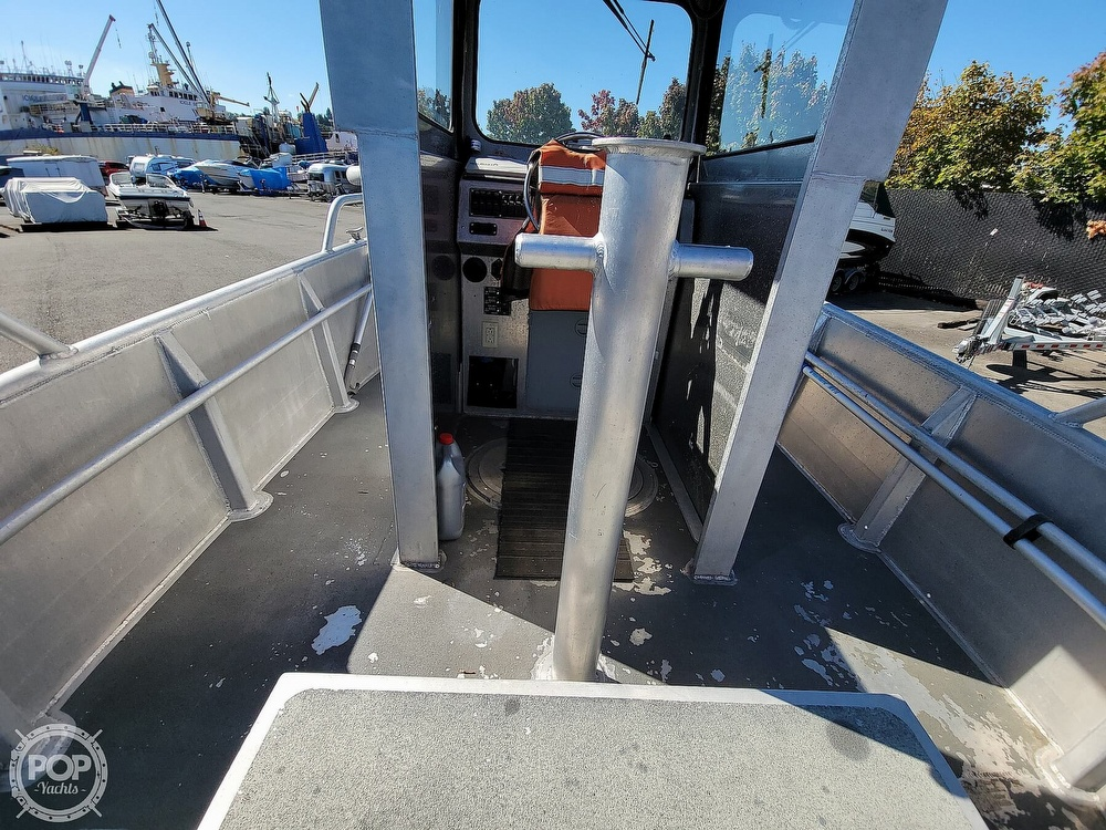 1993 Munson boat for sale, model of the boat is 19 Chinook Wheelhouse & Image # 32 of 40