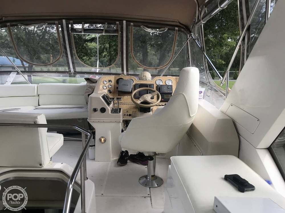 1997 Cruisers Yachts boat for sale, model of the boat is 3950 Aft Cabin & Image # 7 of 40