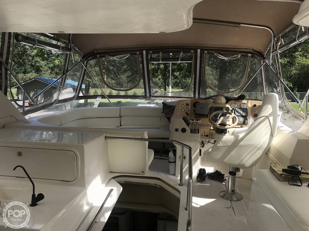 1997 Cruisers Yachts boat for sale, model of the boat is 3950 Aft Cabin & Image # 6 of 40