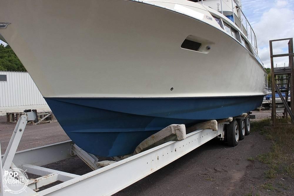 1971 Chris Craft boat for sale, model of the boat is 38 Commander Sedan & Image # 15 of 41
