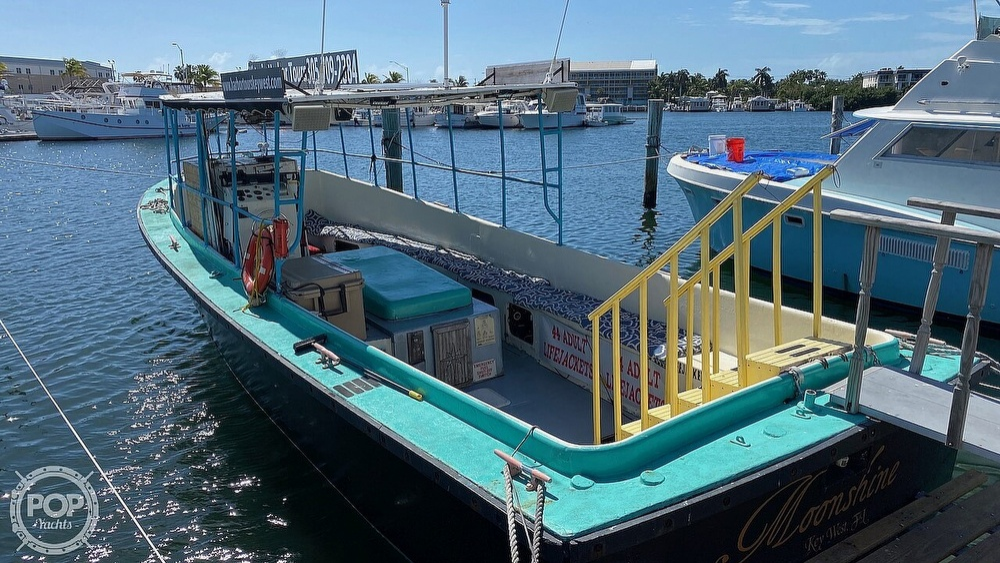 1980 Willard boat for sale, model of the boat is Custom Passenger & Image # 12 of 24