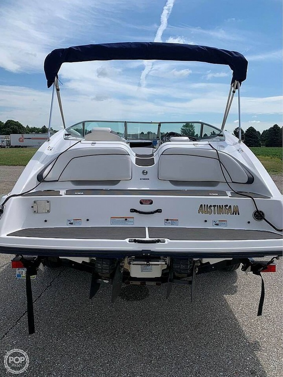 2013 Yamaha boat for sale, model of the boat is SX 210 & Image # 8 of 9