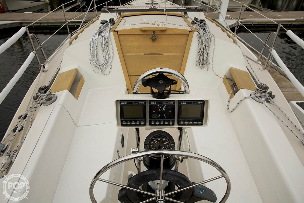 1987 Catalina Yachts boat for sale, model of the boat is C 30 Tall rig & Image # 3 of 40