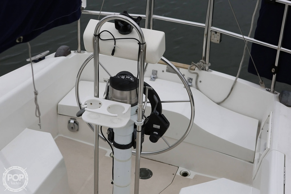 1987 Catalina Yachts boat for sale, model of the boat is C 30 Tall rig & Image # 19 of 40