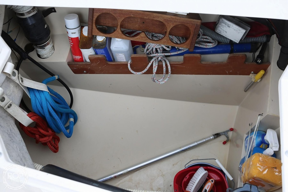 1987 Catalina Yachts boat for sale, model of the boat is C 30 Tall rig & Image # 28 of 40