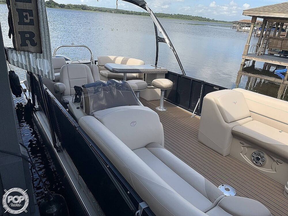 2018 Avalon boat for sale, model of the boat is LTZ Entertainer 2485 & Image # 2 of 40