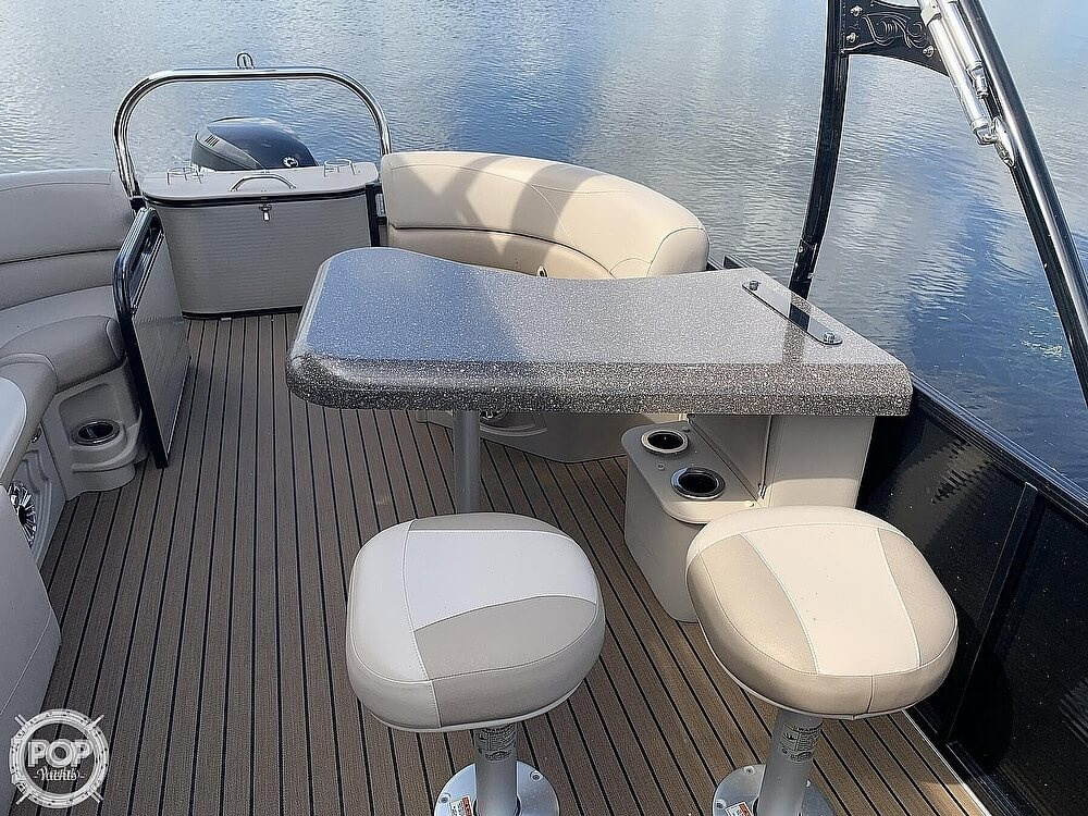 2018 Avalon boat for sale, model of the boat is LTZ Entertainer 2485 & Image # 13 of 40