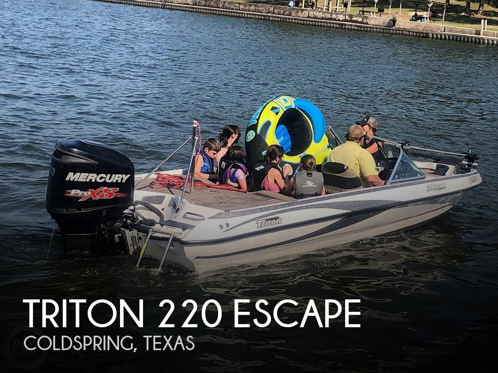 2013 Triton boat for sale, model of the boat is 220 Escape & Image # 1 of 4