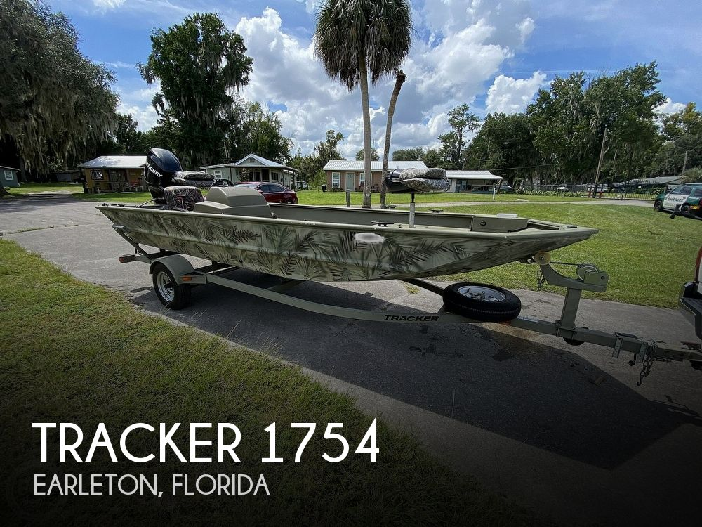2011 Tracker Boats boat for sale, model of the boat is 1754SC Grizzly & Image # 1 of 32
