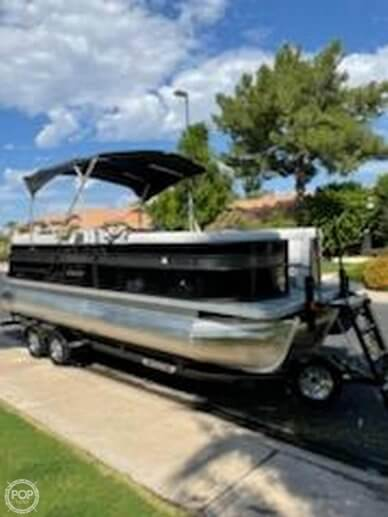 Crest 220 SLRC, 220, for sale - $55,000
