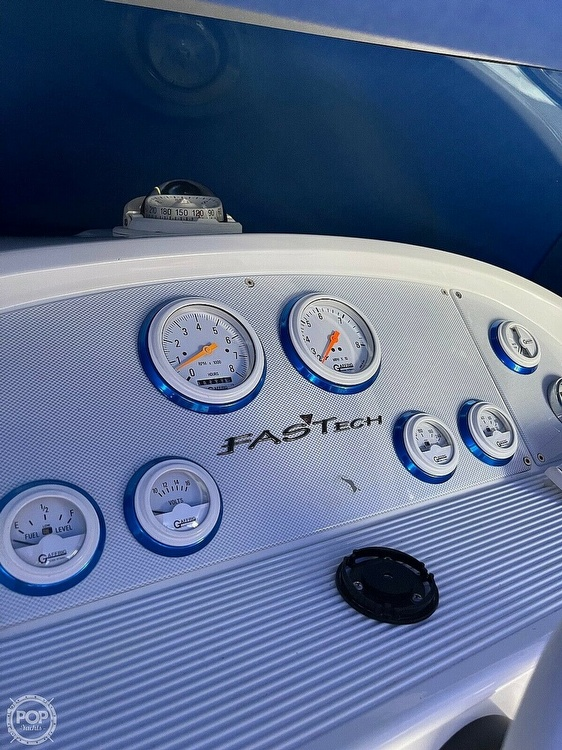 2003 Formula boat for sale, model of the boat is Fastech 271 & Image # 8 of 10