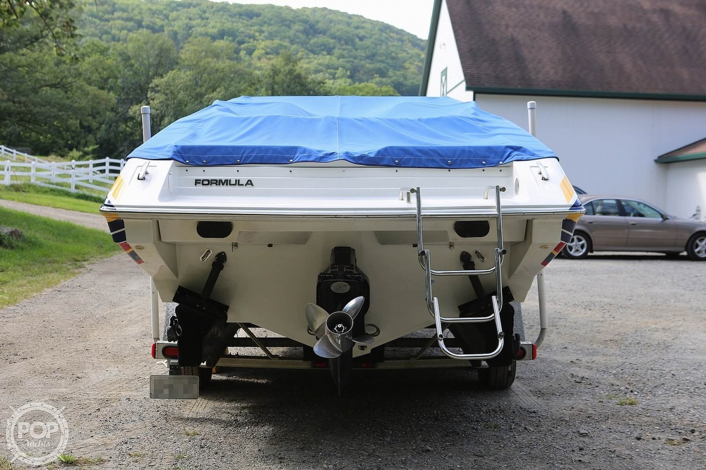 2003 Formula boat for sale, model of the boat is Fastech 271 & Image # 25 of 40