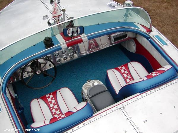 1953 Valco 21 Runabout - Photo #2