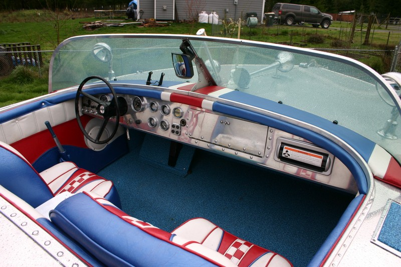 1953 Valco 21 Runabout - Photo #4