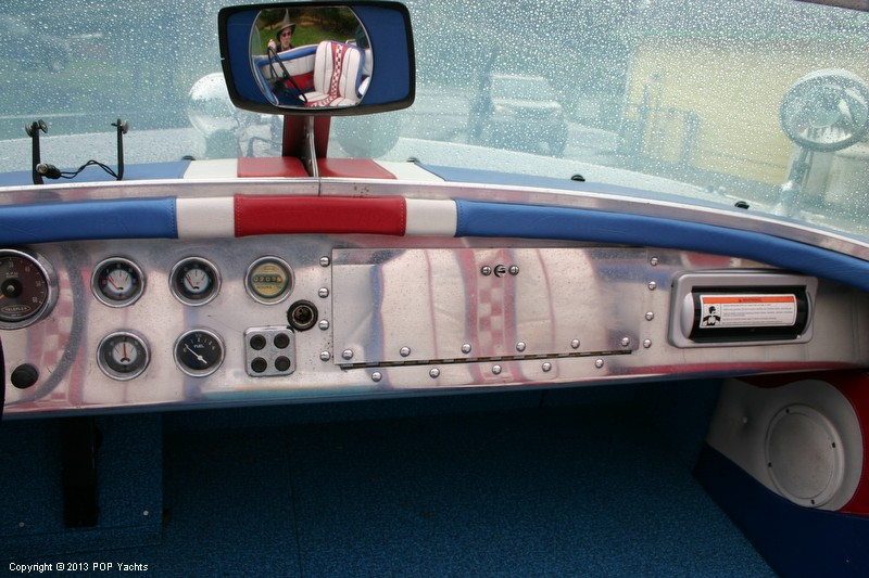 1953 Valco 21 Runabout - Photo #23