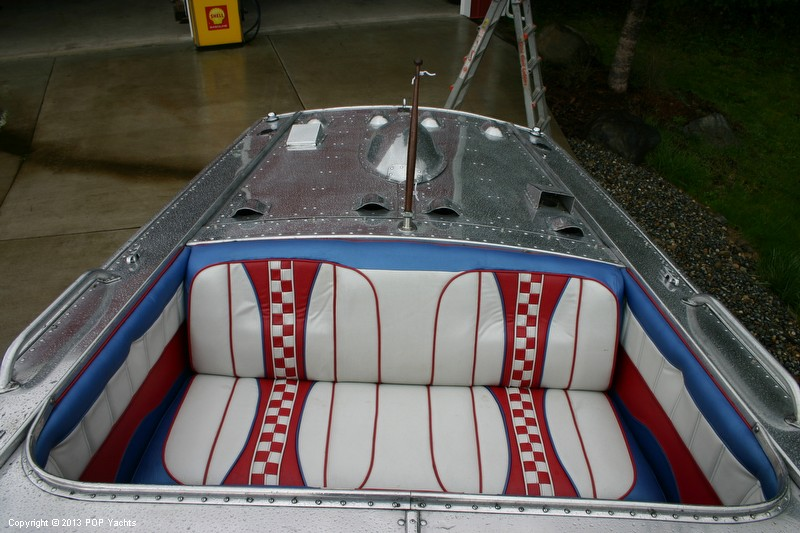 1953 Valco 21 Runabout - Photo #31